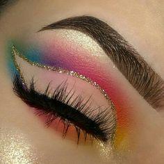Pinterest @IIIannaIII Artist IG @makeup_by_lishlish