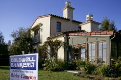 Gen-X remains deepest underwater on home mortgages  The mortgage crisis may be easing, but it's still hitting some people harder than others.  http://www.latimes.com/business/realestate/la-fi-nearly-half-of-genxers-still-underwater-20140825-story.html