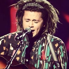 The amazing luke friend singing in the semi finals last week
