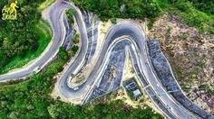 Tebak ini di mana? Kelok 9??😮 . Eits kata siapa ini kelok 9?? Ini di Jalan di Sekitar Bendungan Batutegi, Air Naningan, Tanggamus, Lampung loh. Gambar ini di ambil dari atas😲 Keren ya hampir mirip sama kelok 9😆 . Foto dolan dari @rioandikachrisandi  #ayodolan #ayodolanlampung #bendunganbatutegi #lampung