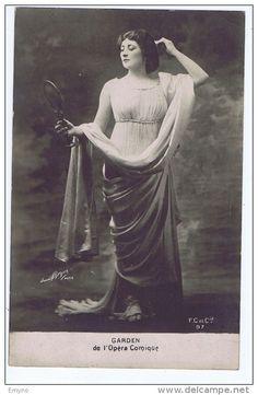 Mary Garden | Mary Garden , Opera singer , De l'Opera Comique , photo Paul Boyer - Delcampe.net