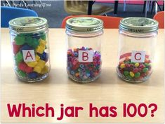 Come see how I do my estimation station and find lots more ideas for the day of school in a kindergarten or first grade classroom. This post includes both math and literacy activities for this fun day. You can grab a FREEBIE too! 100 Days Of School, School Holidays, School Fun, First Day Of School, School Stuff, School Ideas, School 2017, School Tips, Preschool Math