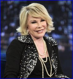 #JoanRivers' Doctor Took #Selfie With Her While Sh...