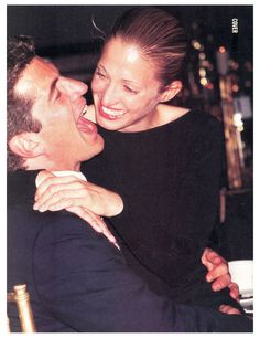 JFK, Jr & Carolyn Bessette (married 1996 - died together in 1999) I just love this photo. John is really enjoying himself.