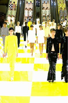 vogue-is-viral:  SPRING 2013 READY-TO-WEAR Louis Vuitton