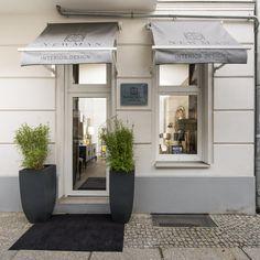 Showroom, Berlin, Garage Doors, Outdoor Decor, Design, Home Decor, Homes, Homemade Home Decor, Design Comics
