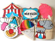 Circus cookies - what an incredible cookie artist! Snow cone & cotton candy are cute Best Sugar Cookies, Iced Cookies, Royal Icing Cookies, Cookies For Kids, Cute Cookies, Cupcake Cookies, Cupcakes, Circus Theme Party, Circus Birthday