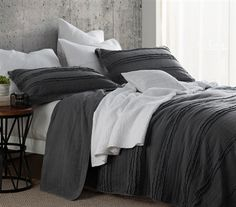 Dorm room bedding, g