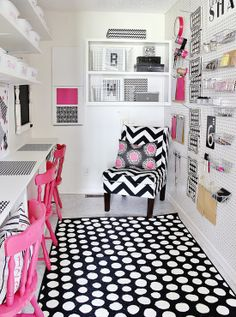 Pretty in Pink Craft Space via IHeart Organizing --- I want to do this in my scrap room