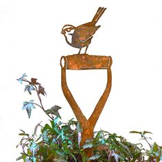 Rusty Metal BIRD ON A SPADE Garden silhouette sign Home Ornament decoration lawn