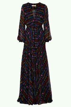 Adoro esse modelo de vestido. Procurando por um nos brechós da vida, mas não encontro :(