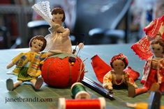 """COUNTRY HOUSE DOLLS    All of the dolls on this page are dollhouse scale, 1"""" = 1'.   So each of these dollies is between 5 - 6"""" tall.  ..."""