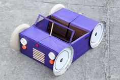 Aprende a hacer un carro de cartón vía es.wikihow.com