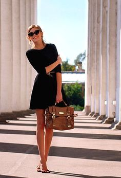 The little black dress is a go-to in any season. This Spring try pairing natural beiges, warm browns, and subtle nude leathers with your favorite black cocktail dress. Ditch the heels, and go for flats or gladiator sandals. Top yourself off with some eye-