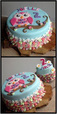 Cute owl cake for the little girl next door. Cake Icing, Buttercream Cake, Fondant Cakes, Cupcakes, Cake Cookies, Cupcake Cakes, Owl Cake Birthday, Little Girl Cakes, Foundant