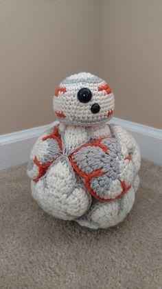 Ravelry: tcakes4u's BB-8 Crochet Amish Puzzle Ball