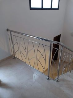 Gate Wall Design, Steel Gate Design, Stainless Steel Stair Railing, Balcony Railing Design, Steel Stairs, Model, Home Decor, Home, Staircases