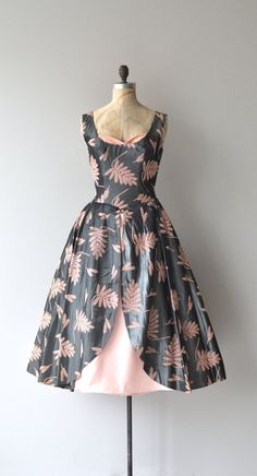 Vintage 1950s gunmetal grey silk party dress with pink embroidered ferms, pink velvet crumb-catcher bodice, wide set shoulders, fitted waist, front