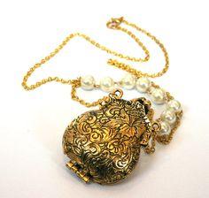 Vintage Style Golden Locket Necklace by SeventhFloorDesign