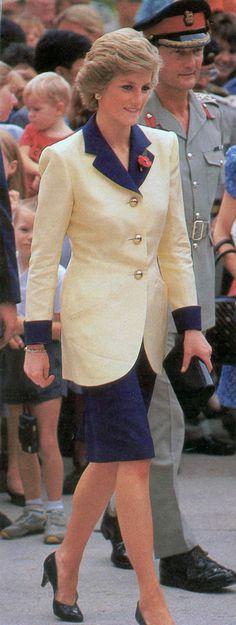 диана принцесса стиль костюм - Поиск в Google