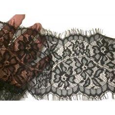 Dentelle chantilly au mètre pour la couture en 14 cm noir. pour  customisation 7d0d77eb783