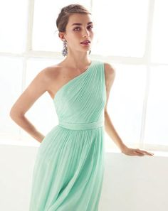 mint dress. Fave I've seen, but it's screw which means $250 lol eek