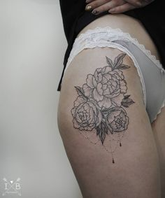 Peonies thigh tattoo by Irene Bogachuk #IB_TATTOOING #tattoo #dotwork #peonies #botanicaltattoo #ink #inked #inkedgirl #inkspiration #girlytattoo #blckink #blackworkerssubmission #tattoolookbook #inkstinctsubmission #tattrx #blacktattoomag