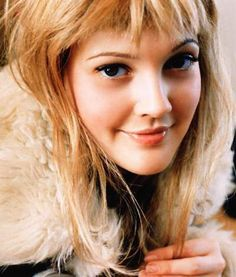 Drew Barrymore... cute look.