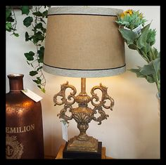 Scroll Accent Lamp