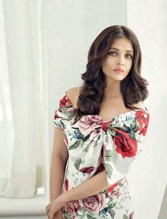 Aishwarya Rai Bachchan Photoshoot for Filmfare Magazine May 2017 Aishwarya Rai Makeup, Aishwarya Rai Photo, Actress Aishwarya Rai, Aishwarya Rai Bachchan, Indian Bollywood Actress, Indian Actresses, Indian Celebrities, Bollywood Celebrities, Beautiful Saree