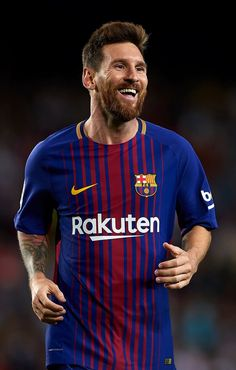 Lionel Messi Photos - Lionel Messi of Barcelona celebrates scoring his team's third goal during the La Liga match between Barcelona and Espanyol at Camp Nou on September 2017 in Barcelona, Spain. - Barcelona v Espanyol - La Liga Messi 10, Messi Y Ronaldo, Messi News, God Of Football, Best Football Players, Soccer Players, Cristiano Vs Messi, Neymar, Real Madrid Atletico