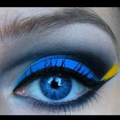 dory from finding nemo inspired eye makeup! thank you, tumblr!