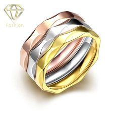 Gefälschte Hochzeit Ringe Multi Schichten 18 Karat & Rose & White Gold Überzogene 316L Edelstahl Einzigartige Kühle Mutter Design Ring Schmuck für Liebhaber(China (Mainland))