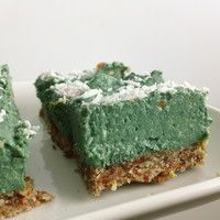 Coconut Spirulina Pie | Down to Earth Health Food Store - Find Nutrex Hawaii Spirulina in these stores!