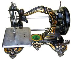 Super Rare Antique Starley Queen of Hearts Hand Crank Sewing Machine, 1873 Antique Sewing Machines, Heart Hands, Queen Of Hearts, Rare Antique, Sewing Crafts, Singer, Antiques, Sew, Antiquities
