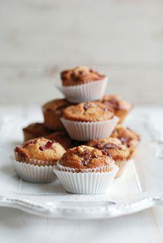 Rhubarb ginger muffin