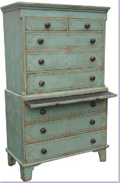 duck egg blue chest-on-chest. Fab cross over appeal to french country decor!!! awwwwwwwwesome!!!