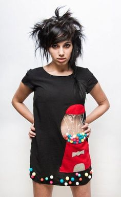 Okay, this is a dress, and that is a REAL gumball machine.  *_*
