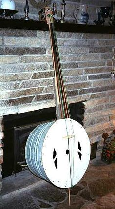 Homemade upright bass using a washtub. I'm gonna make one this summer, hopefully!