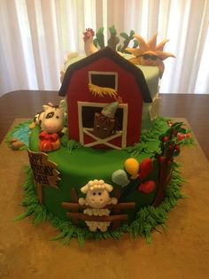 My Farm Animal Birthday Cake. All delicious marshmallow fondant animals with NO gum paste or toothpicks, sticks etc. everything totally edible and delicious! The little pigs mud puddle (melted Sweetened German Chocolate). Farm Animal Cakes, Farm Animal Party, Farm Party, Farm Animals, Animal Birthday Cakes, Farm Animal Birthday, Farm Birthday, Barnyard Cake, Farm Cake
