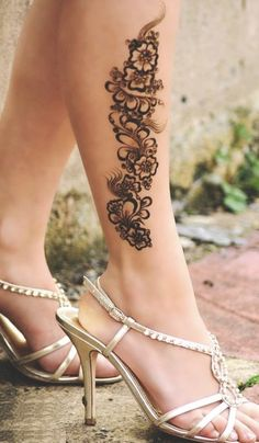 Latest Bridal Henna Mehndi For Feet
