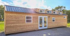 The newest model from Custom Container Living, a 40-foot (12.19-meter) Lake Cabin, combines a nice wooden facade with your everyday modular aesthetics.