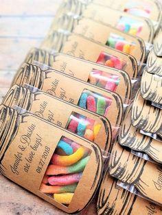 Mason Jar Wedding Favors, Candy Wedding Favors, Wedding Shower Favors, Bridal Shower, Wedding Designs, Wedding Ideas, Wedding Night, Wedding Stuff, Dream Wedding