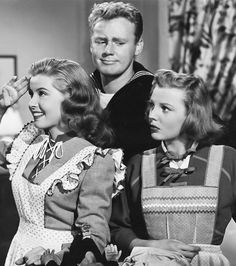 """Gloria DeHaven, Van Johnson and June Allyson in """"Two Girls And A Sailor"""" (1944)"""
