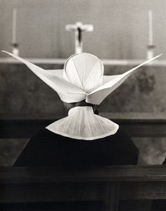 © Eugeni Forcano, 1961, The Dove of Christ / La paloma de Cristo, Hogares Mundet Old People's Home, Barcelona