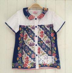 New sewing simple top fabrics 35 ideas Sewing Clothes Women, Dress Clothes For Women, Dresses Kids Girl, Diy Clothes, Blouse Batik, Batik Dress, Mode Batik, Batik Kebaya, Batik Fashion