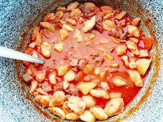 Babgulyás bográcsban Maya, Pork, Kale Stir Fry, Pigs, Maya Civilization, Pork Chops