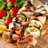 Hele Kip Uit De Stoomoven � Sappig & Mals recept | Smulweb.nl Food Journal, High Tea, Family Meals, Zucchini, Meal Planning, Catering, Grilling, Easy Meals, Menu