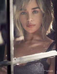 """yourwisehistory: """" Emilia Clarke photographed by Carter Smith for Elle France (November """"I tried not to pay too much attention to success. I know that the world of cinema is changing. Emilia Clarke Daenerys Targaryen, Emilia Clarke Sexy, Beautiful Female Celebrities, Beautiful Actresses, Beautiful Women, Enilia Clarke, Tumbrl Girls, Actrices Hollywood, Mother Of Dragons"""