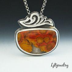Morgan Hill Poppy Jasper Pendant Silver Necklace von LjBjewelry